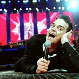 Стефан Вълдобрев ще пее с микрофона на Роби Уилямс /видео/