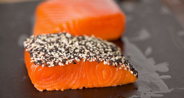 Black-and-White-Sesame-Crusted-Salmon-Process-5