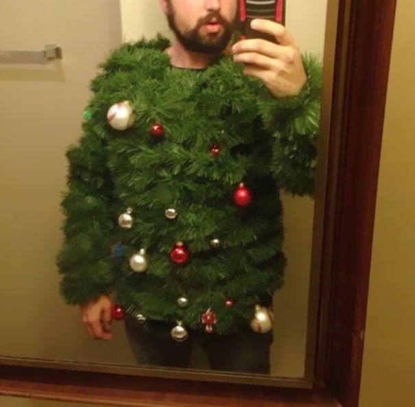 ugliest-christmas-sweaters-24__605