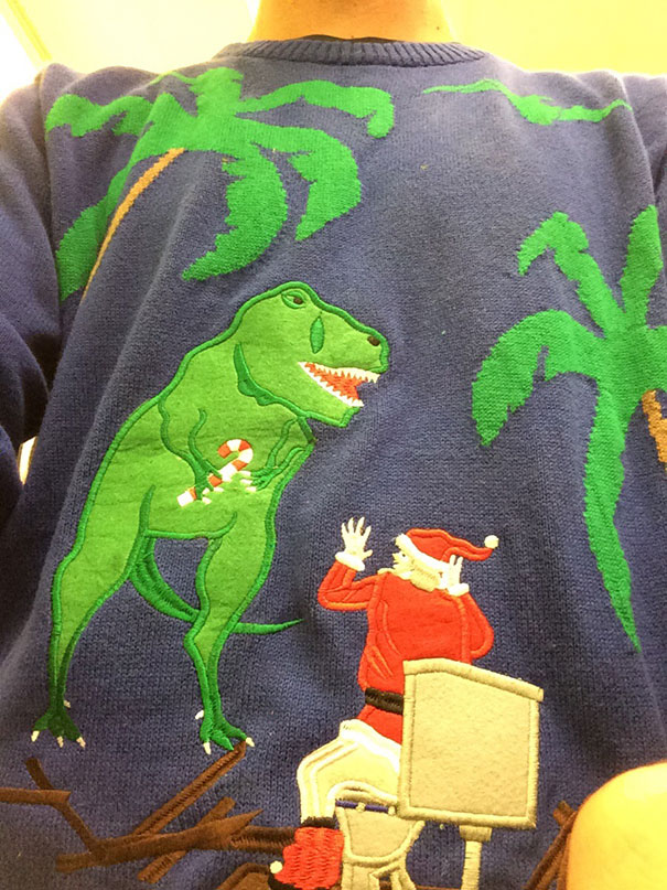 ugliest-christmas-sweaters-28__605