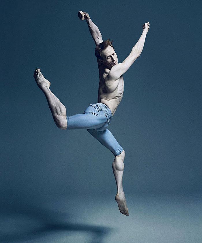 Ballet-dancers-40__700