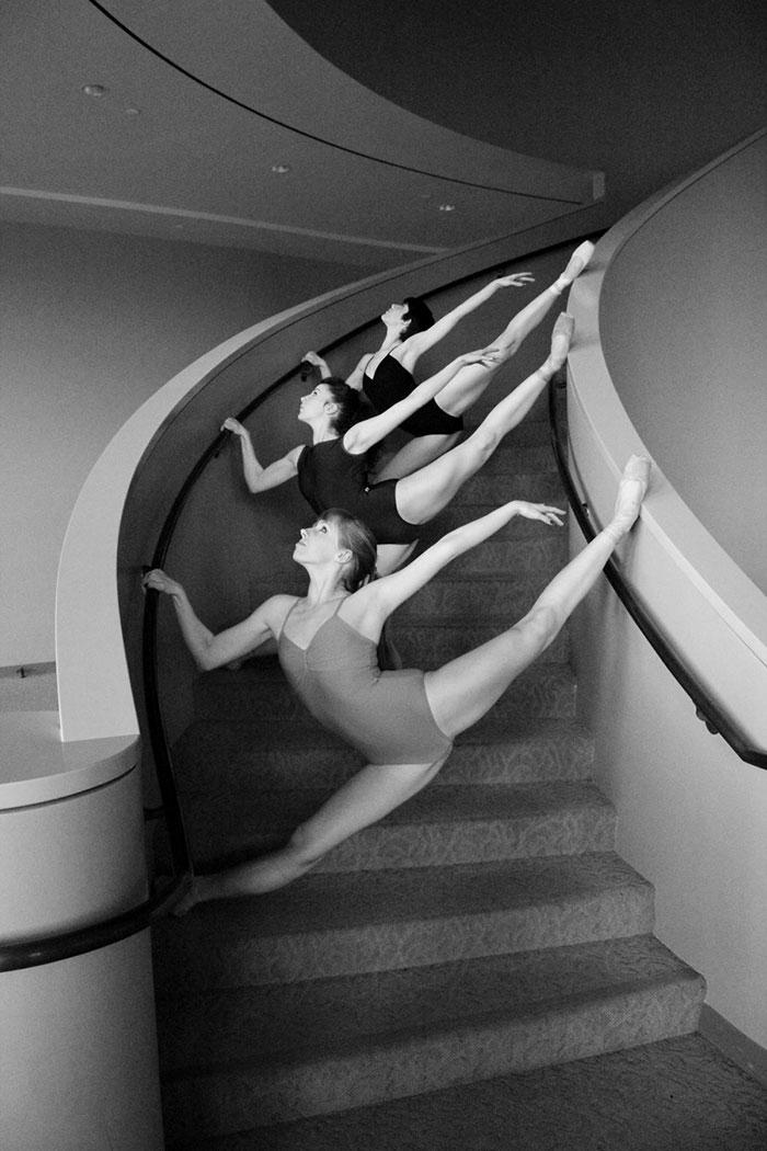Ballet-dancers-431__700