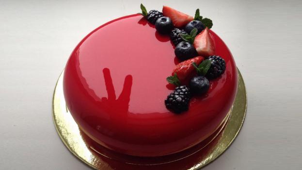 Вижте тайната на сладкарката Олга за перфектните й мраморни торти