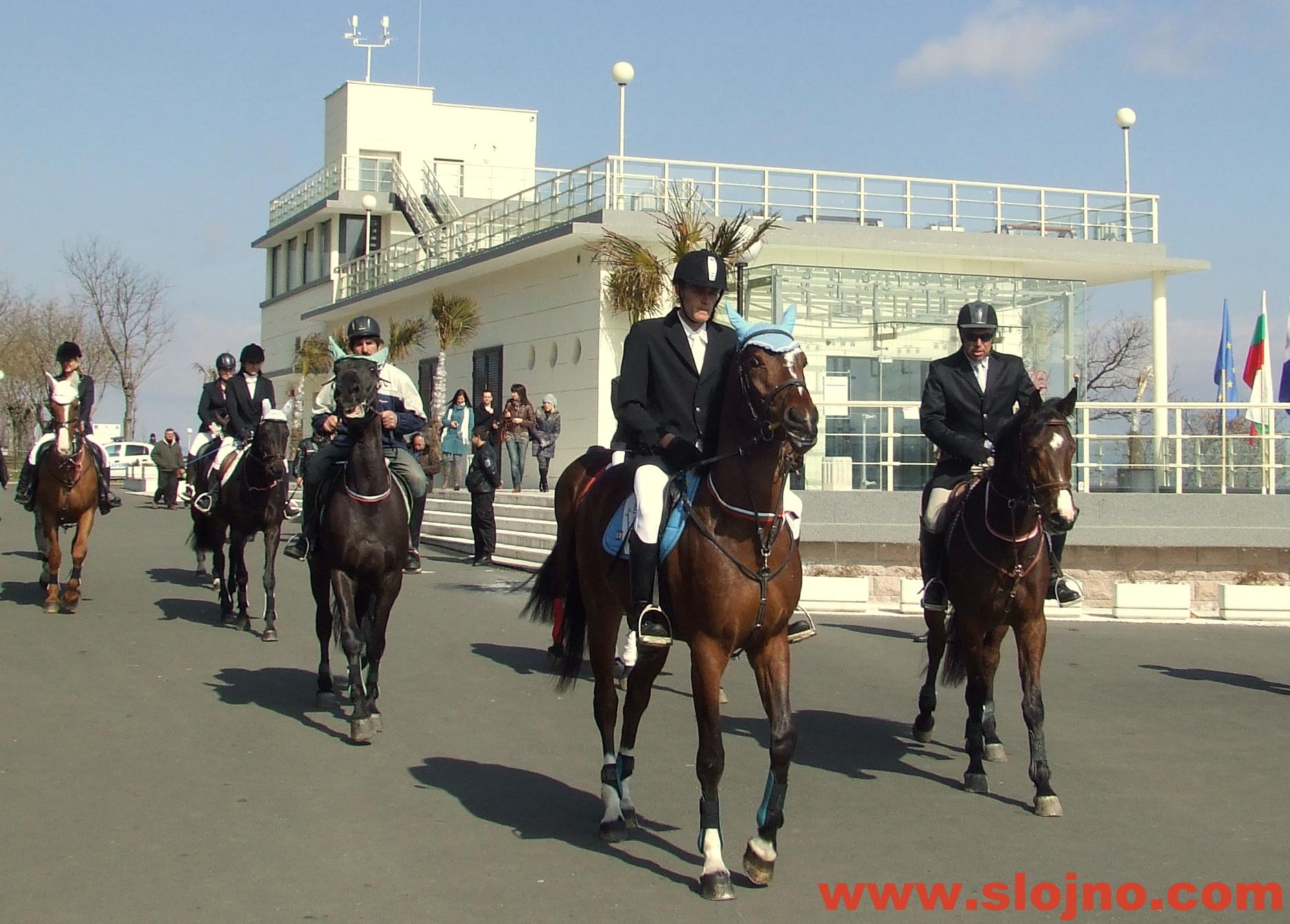 Парад на конете