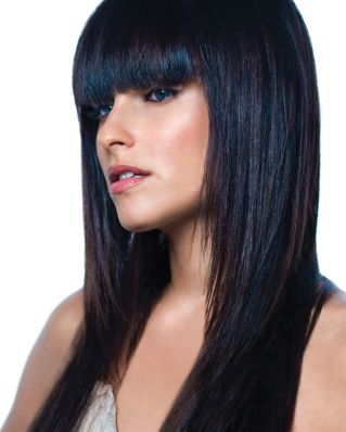 дълга черна коса